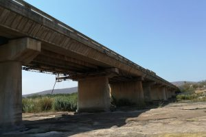 RELIABLE REFURBISHMENT SYSTEMS FOR KOMATI RIVER BRIDGEPic 3