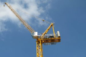 POTAIN LUFFING JIB CRANE OFFERS FAST LIFTING SPEEDS